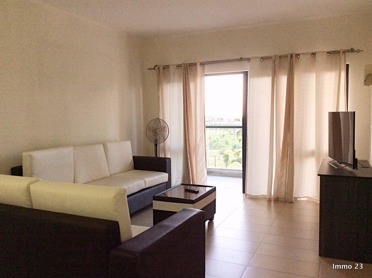 REF-AP347958L – Luminous Apartment