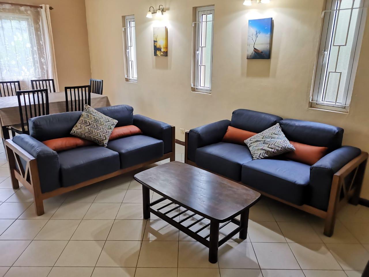 REF-MA347901L – Maison en Location à Ebène