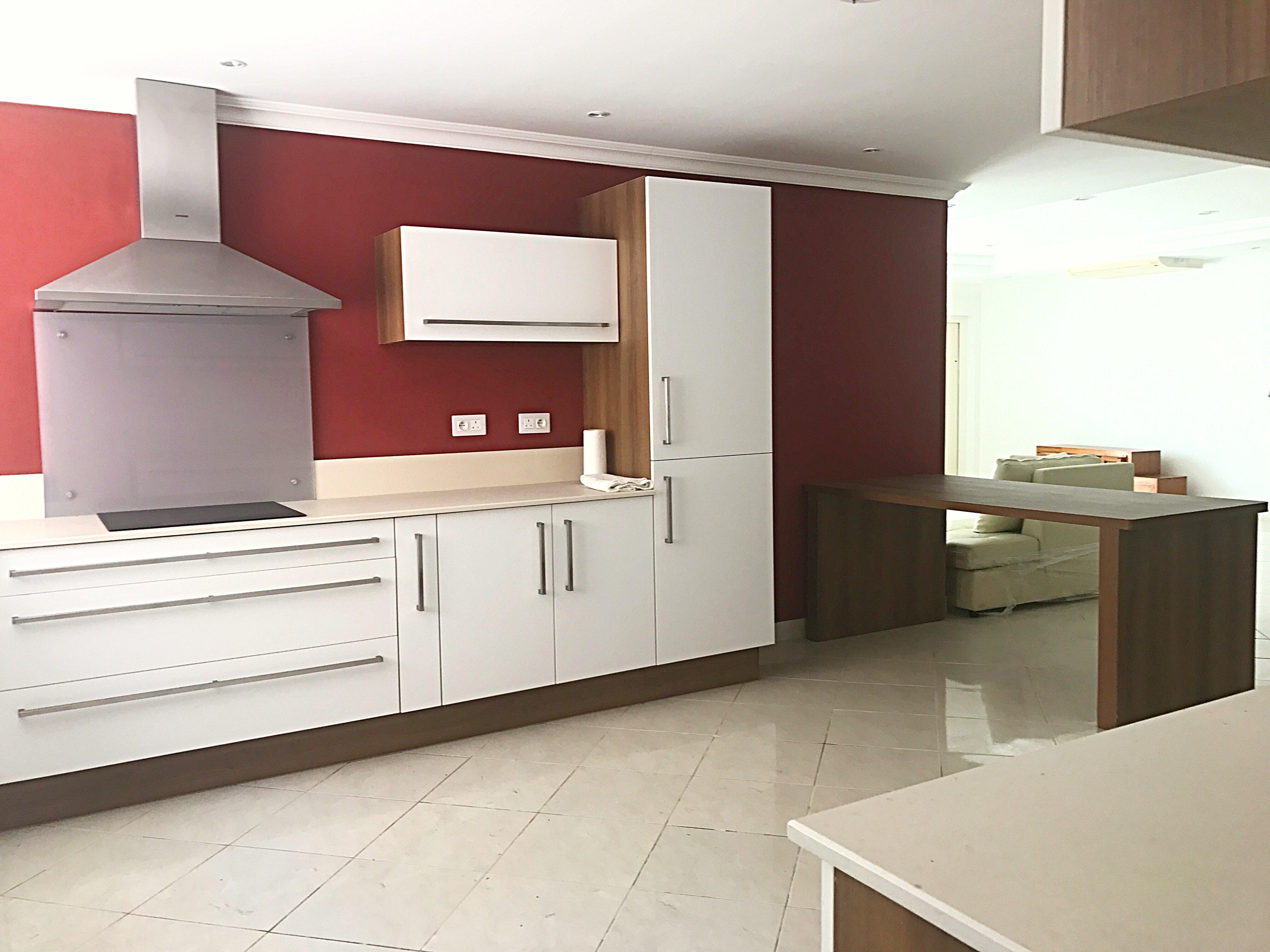 penthouse meubl vendre immobilier 23. Black Bedroom Furniture Sets. Home Design Ideas