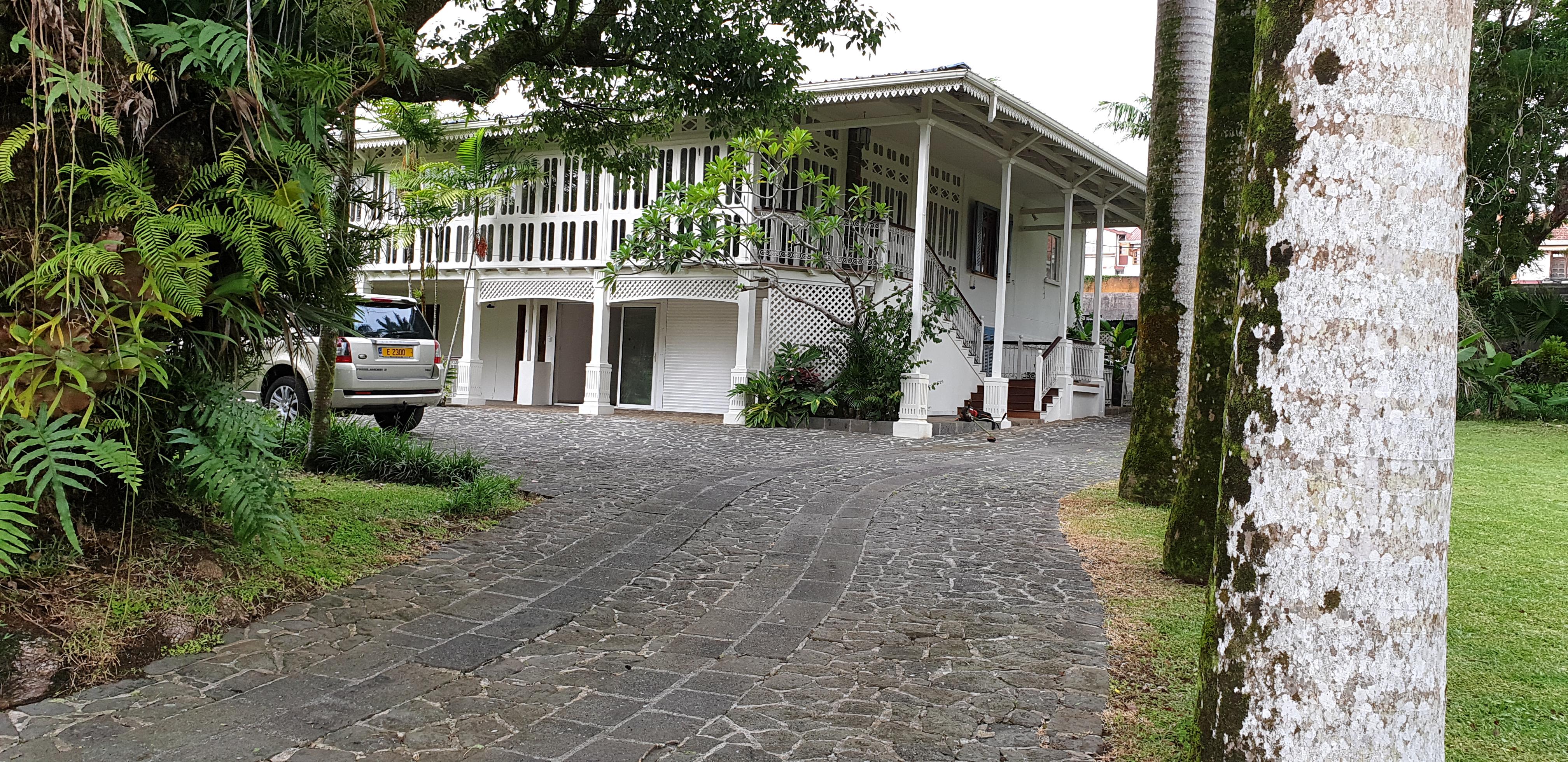 Maison de Style Colonial