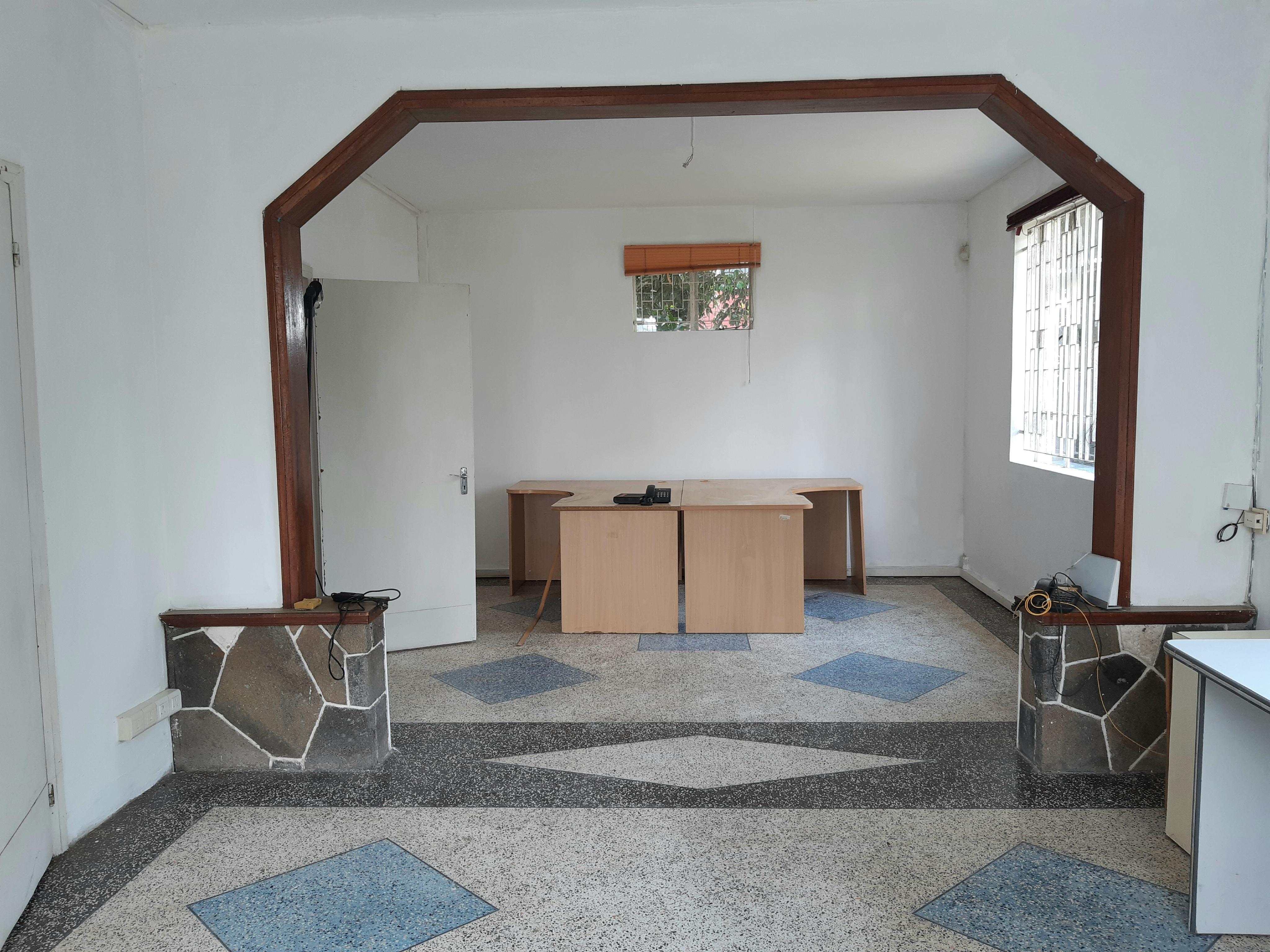 Maison à Usage Bureau