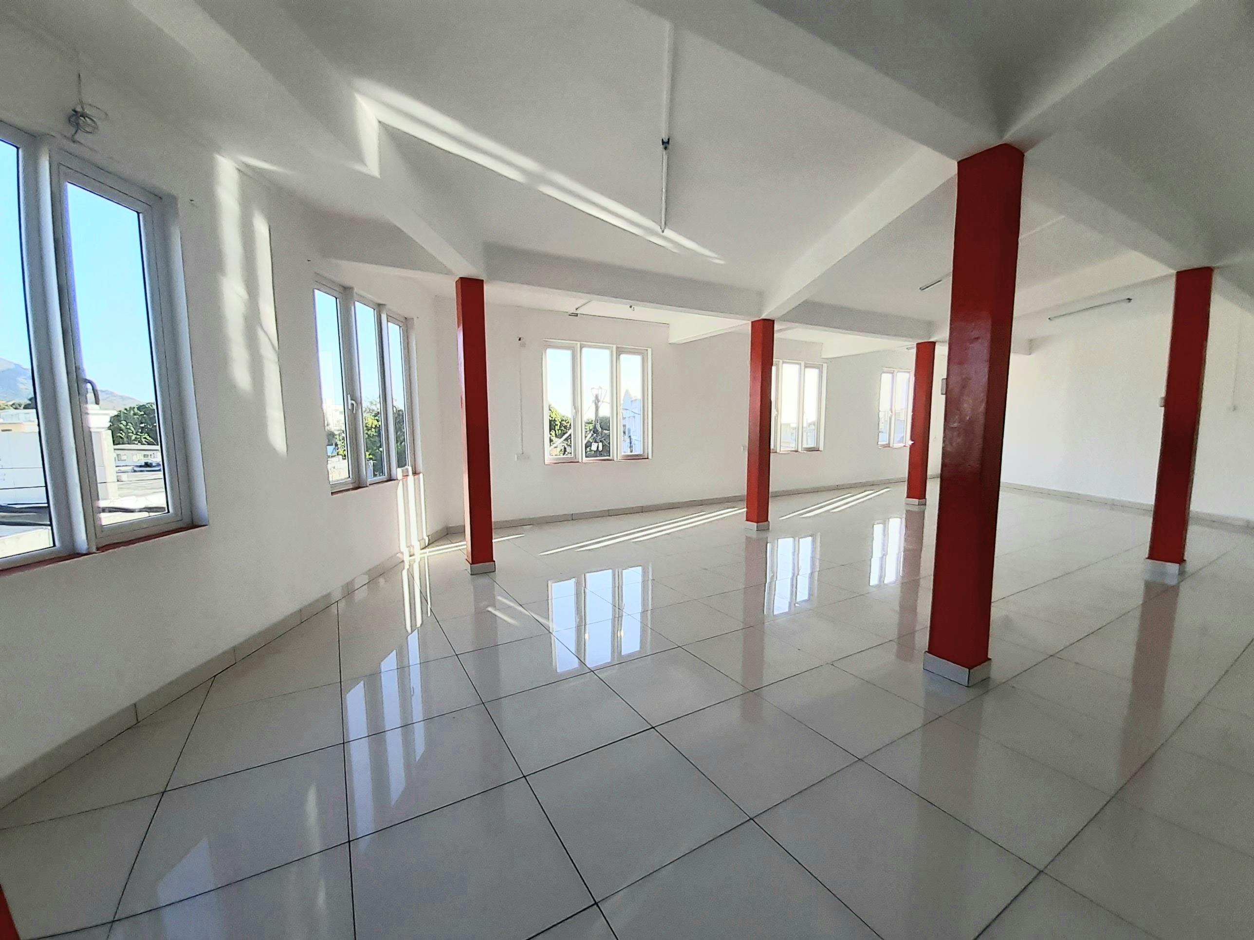 Espace commercial de 120 mètres carrés