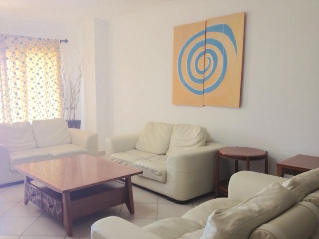 REF-AP346614L – Appartement en Location à Trianon