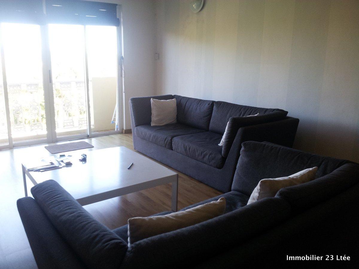 REF-AP346755L – Appartement en Location à curepipe